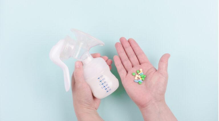 Większość substancji leczniczych w niewielkim stopniu przenika do mleka kobiecego.