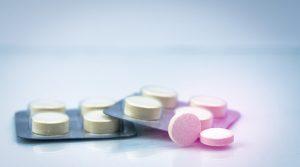 Tabletki zawierające pyrantel.