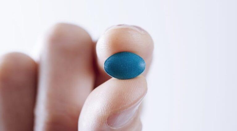 Tabletka z sildenafilem.