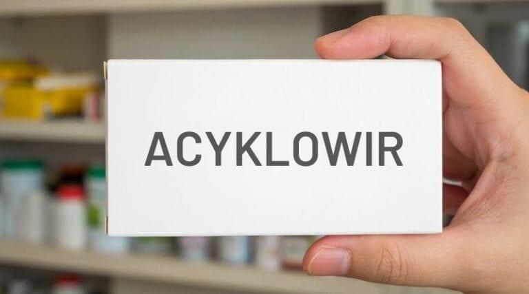 Acyklowir.