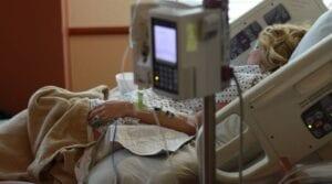 Szczepionka Janssen może powodować bardzo rzadkie przypadki wystąpienia zespołu Guillaina-Barré