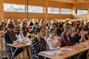 Co się dzieje, gdy blisko 600 farmaceutów z całej Polski gromadzi się na wspólnym wydarzeniu? To musi być konferencja Opieka Farmaceutyczna od Zaraz!