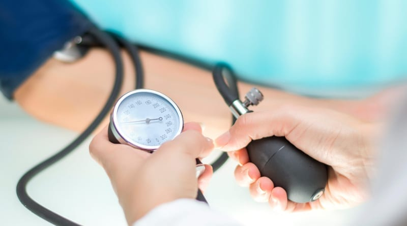 Według nowych norm kryterium rozpoznania nadciśnienia 1. stopnia zostało obniżone z progu 140/90 mm Hg do 130/80 mm Hg