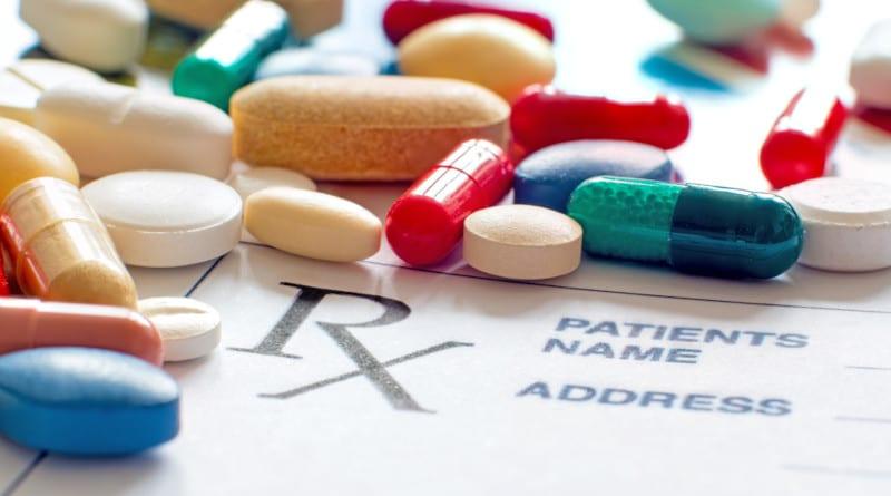 Z antybiotykiem można stosować np. doustnie: Enterol, Lakcid, Lakcid Forte, Sanprobi IBS, Acidolac caps, dopochwowo: InVag, Lactovaginal.