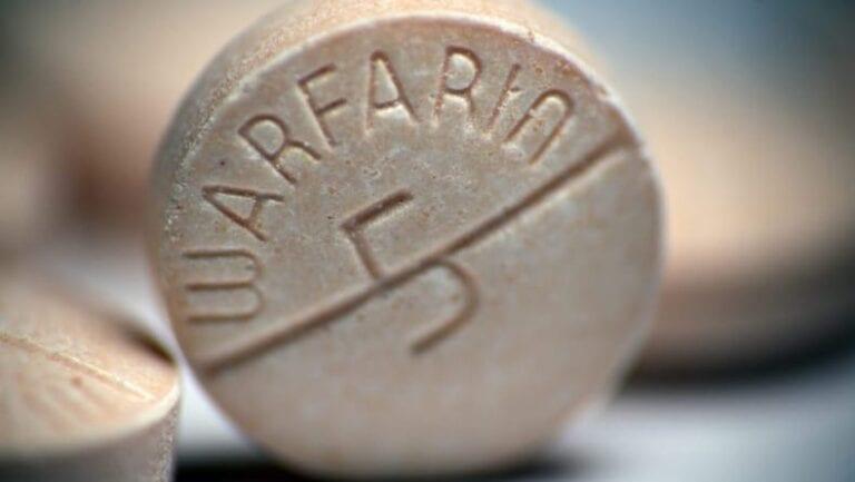 Tabletka Warfarinu.