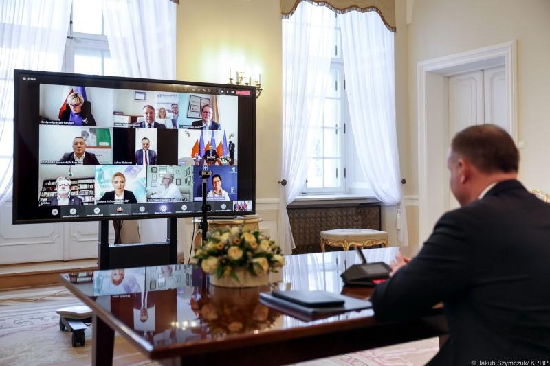 Prezydent RP spotkał się z przedstawicielami rynku aptecznego